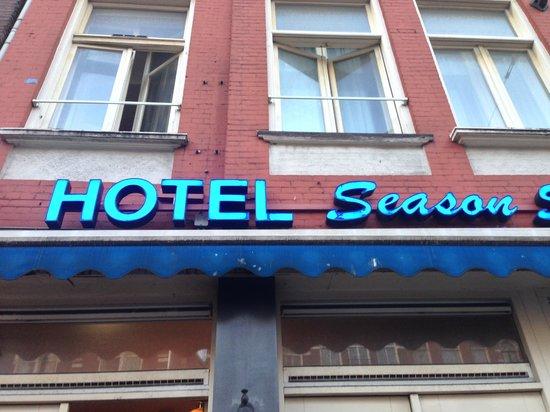 Season Star Hotel: Facciata Hotel