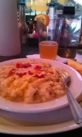Dillon's KC BBQ: SW Mac and Chesse! :-)