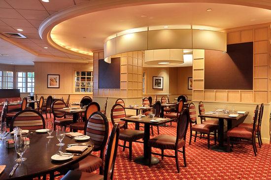 L'Enfant Plaza Hotel: American Grill