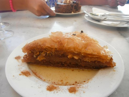 Kastro Oia Restaurant: Baklava