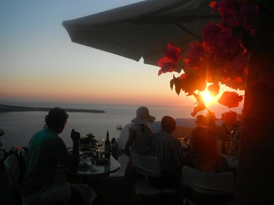 Kastro Oia Restaurant: Atardecer