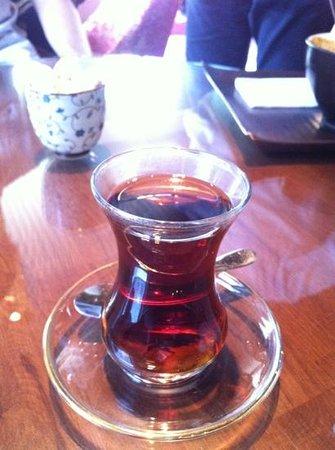 Efendi Tea & Coffee House: Tyrkisk te