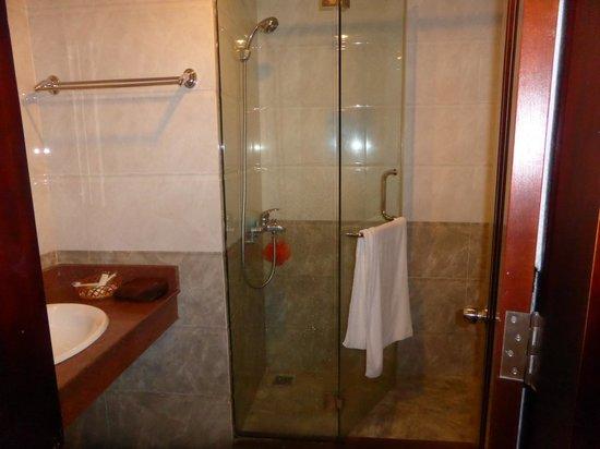 Google Hostel: Cuarto de baño