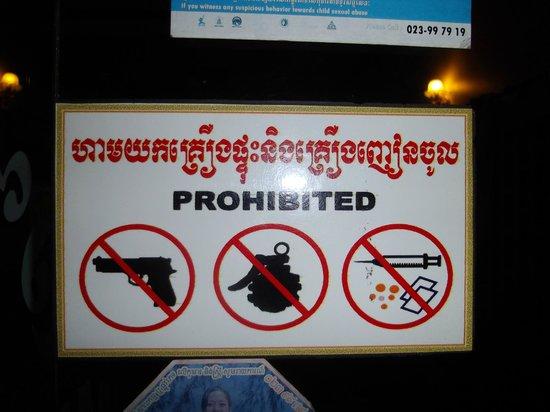 Tanei Boutique Villa: Un rappel des restrictions de l'hôtel !!!
