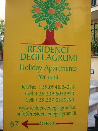 Residence degli Agrumi: LOCANDINA