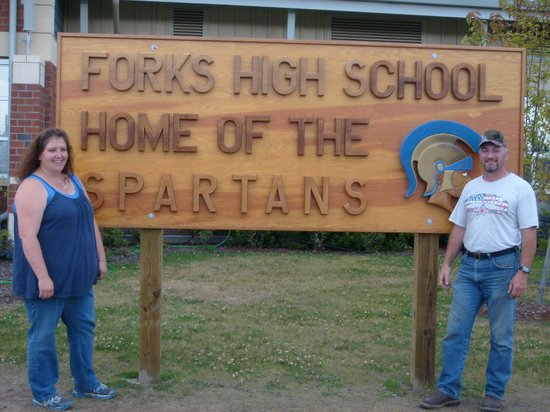 Rosemary Colandrea : Forks HS sign