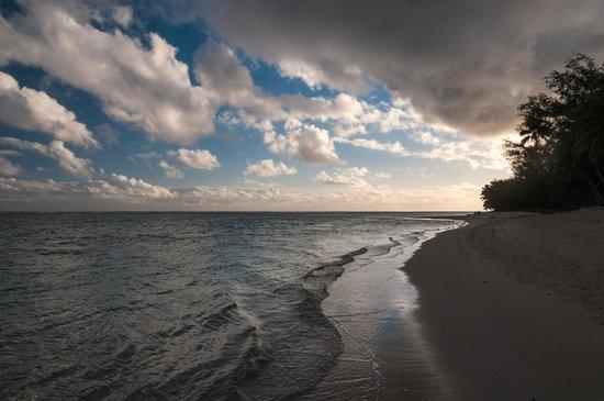 Titikaveka Beach: June Sunset Looking West