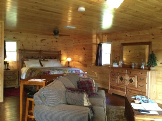 super cozy large one room cottage picture of horse creek stable rh tripadvisor co za one room cottage floor plans one room cottages plans