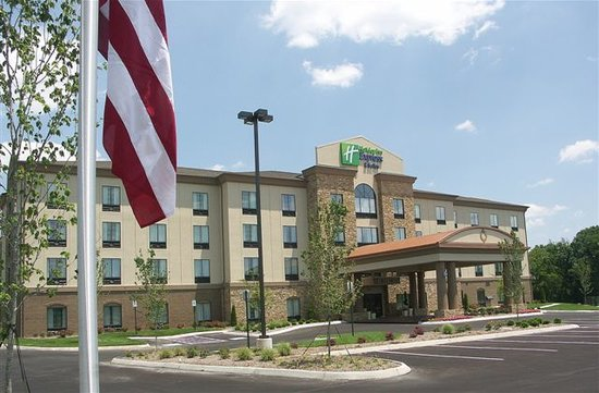 Holiday Inn Express Cleveland Northwest