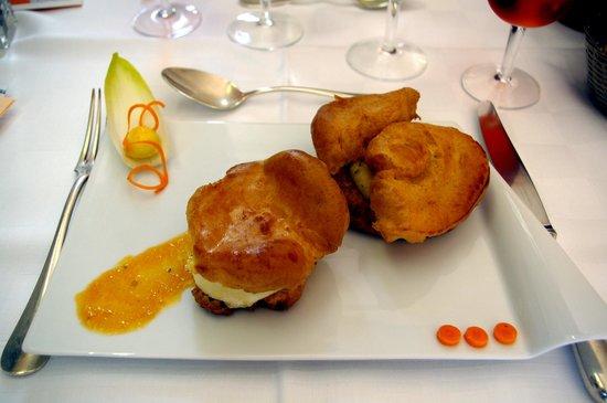 Restaurant de la Basilique : Profiterolles chèvre et céleri