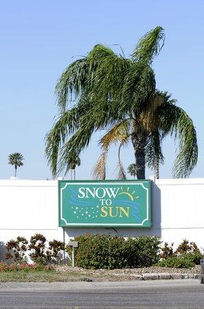 Snow to Sun RV Resort : Entrance
