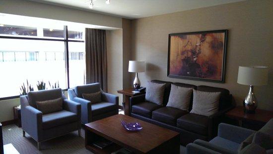 The Westin Birmingham: Suite furnishings