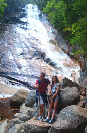 Crawford Notch State Park : Ripley Falls