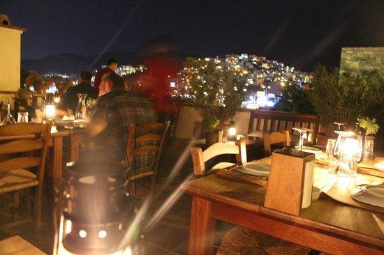 El Vino Restaurant: Rooftop restaurant