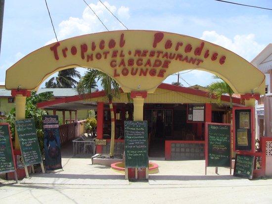 Tropical Paradise Restaurant: Tropical Paradise entrance.