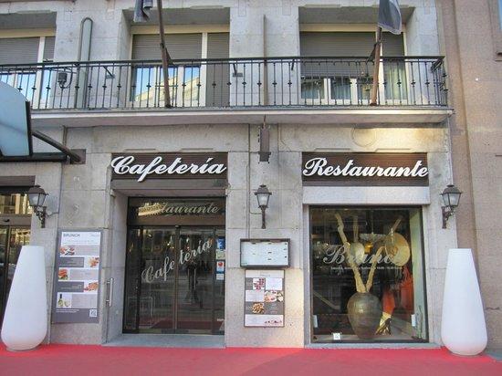Amayra: Fachada del restaurante.