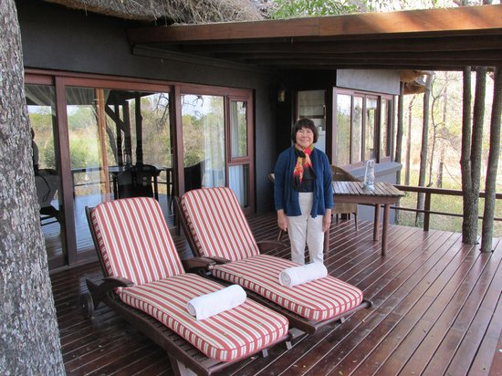 Lion Sands - Tinga Lodge : Deck of Guest Room