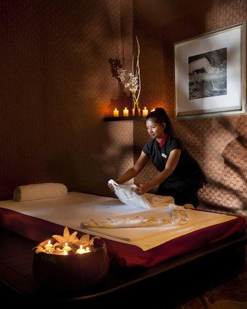 Spa thai massage picture of four seasons hotel limassol tripadvisor - Salon massage thai naturiste ...