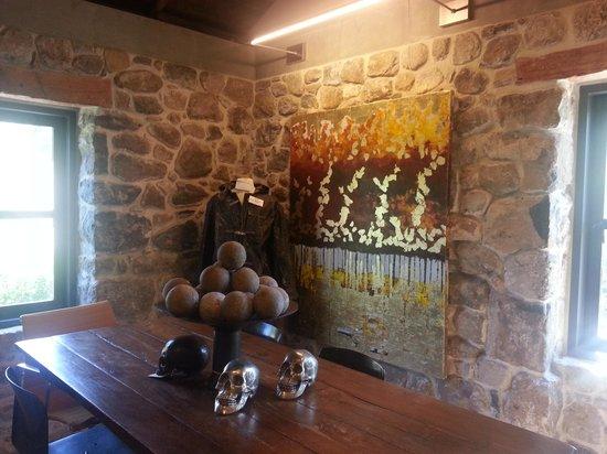 Ma(i)sonry Napa Valley : Upstairs Sitting Room