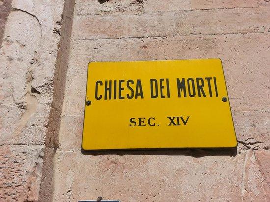 Chiesa dei Morti: entrata