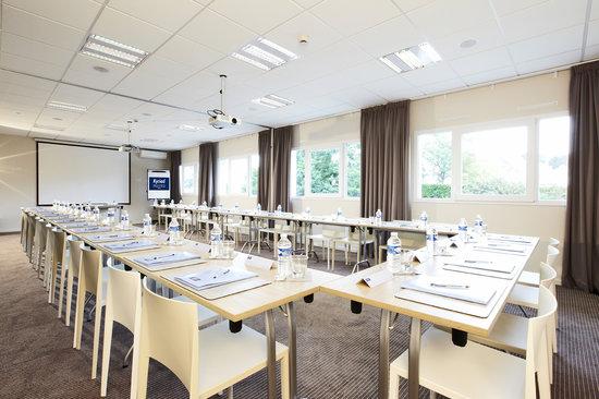 Kyriad Prestige Vannes Centre - Palais des Arts : Salle de séminaire