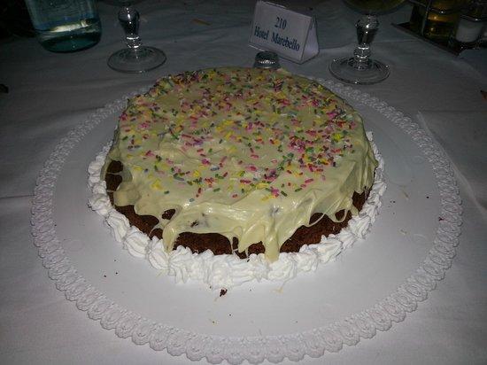 Hotel Marebello : la torta per il mio compleanno!