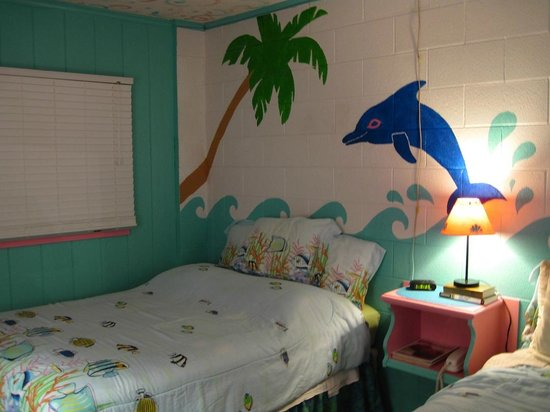 Caribbe Inn: My room decor 1