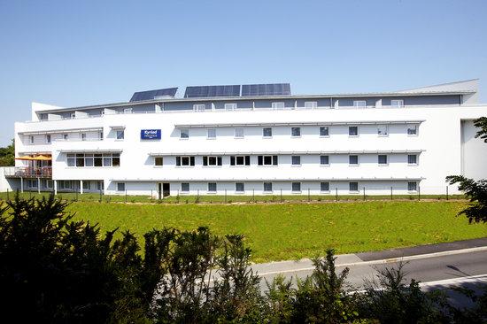 Kyriad Prestige Vannes Centre - Palais des Arts : Vue d'ensemble de l'hôtel