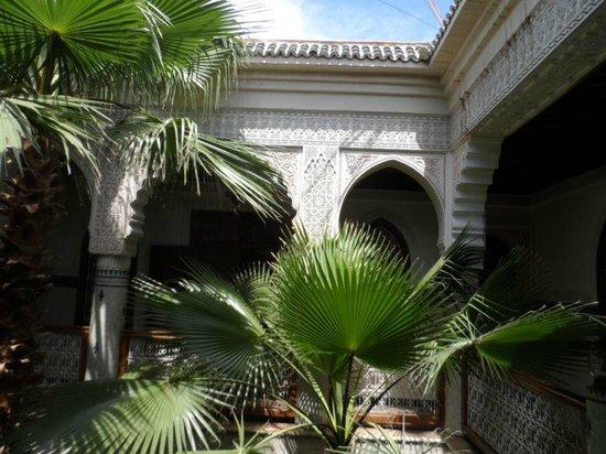 Riad Dar Al Kounouz: patio