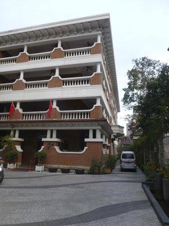 Le Sun Chine: vue sur l'hôtel