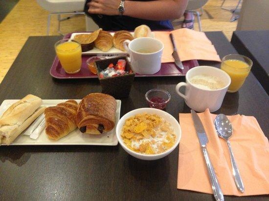 Ibis Nice Palais des Congres : colazione