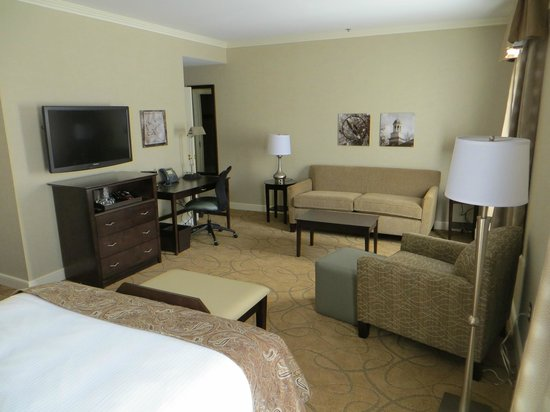 The Marcum Hotel & Conference Center at Miami University: Double-Queen