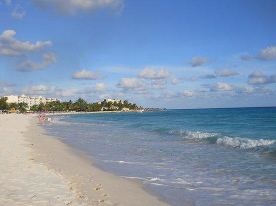 Divi Southwinds Beach Resort: The beach