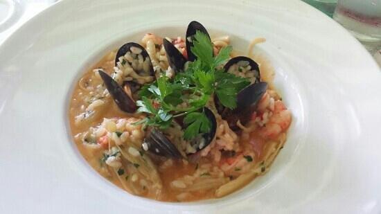 Oliva on Sagaydachnogo: seafood risotto - delicious!