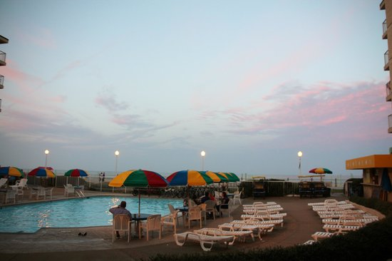 Quality Inn & Suites Oceanfront : Ocean View while Standing