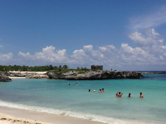Grand Sirenis Riviera Maya Resort & Spa: view from the beach
