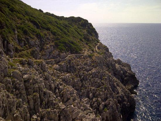 Fortini Coastal Walk: Il sentiero verso Orrico