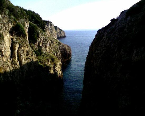Fortini Coastal Walk: Qui sbarcarono i francesi