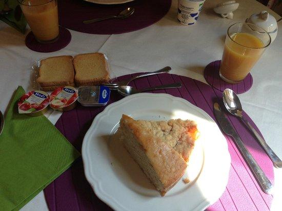 Afra Bed & Breakfast: Una delle nostre colazioni