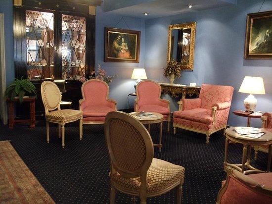 Anselmus Hotel: ingresso