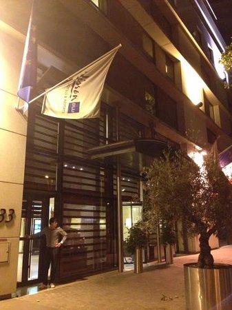 Radisson Blu Hotel, Paris-Boulogne : hotel entrance