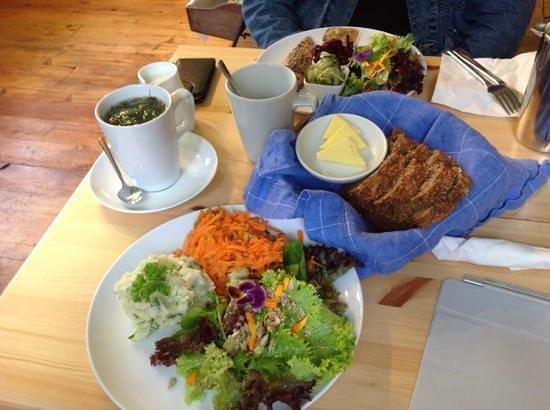 Corofin Hostel and Camping Park: Burren Perfumery - salad selection with homemade bread, Irish smoked mackeral with varios homema