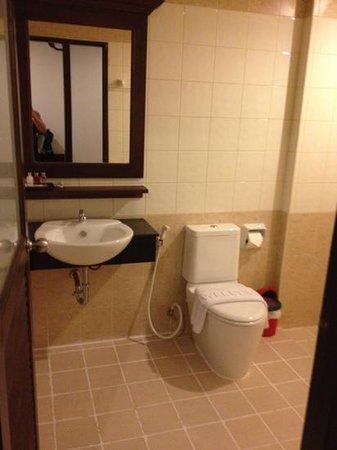 M Narina Hotel: room 205