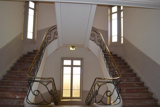 Hotel Soleil Terminus: escalier