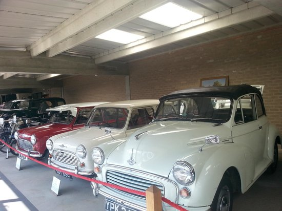 Caister Castle Motor Museum: Mini's and Morris Minor