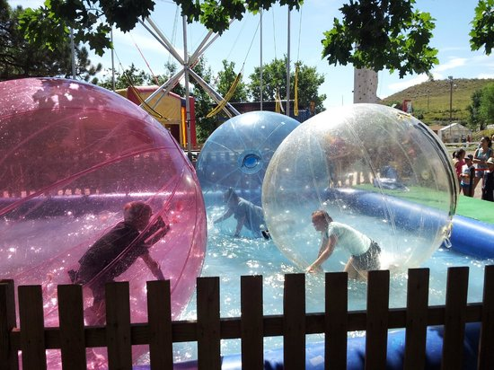 Heritage Square Family Entertainment Village: Water Walkerz