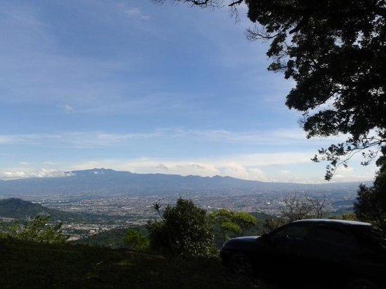 Colinas Altavista Mountain Resort: Vista del  valle central