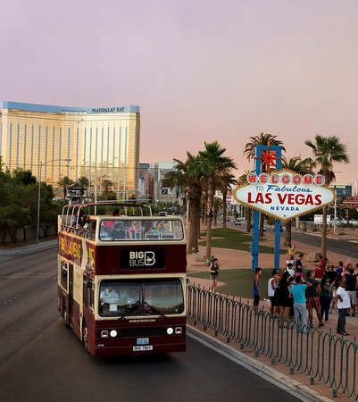 Big Bus Tours: Welcome to Las Vegas Sign!