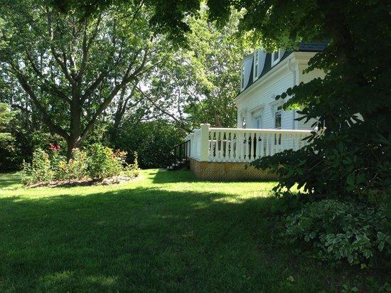 Rayski Guest House: getlstd_property_photo