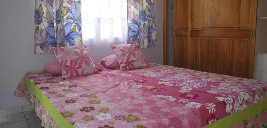 FareHau: Chambre Moana avec salle de bain et wc privé